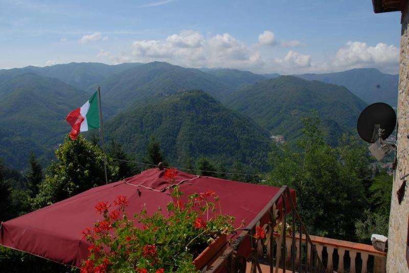 """Villa Donato """"Gaia"""" - Experience Tuscany as a local - Image 1 - Bagni Di Lucca - rentals"""