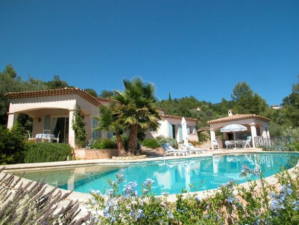 4 bedroom Villa in Montauroux, Provence, France : ref 1718353 - Image 1 - Montauroux - rentals