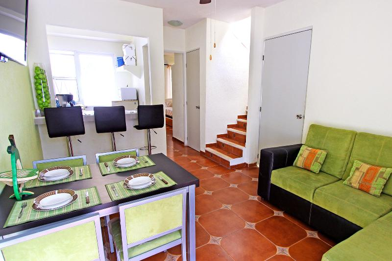 Beautiful House Close to the Beach - Image 1 - Playa del Carmen - rentals