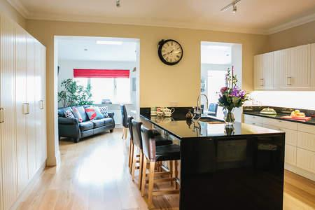 Kitchen/Dining Room - Charming Town House Within A 15 Minutes Bus Ride T - Dublin - rentals