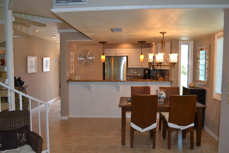 Gulf And Sound View Condo 2 Bedroom/ 2.5 Bath Sleeps 6 - Image 1 - Pensacola Beach - rentals