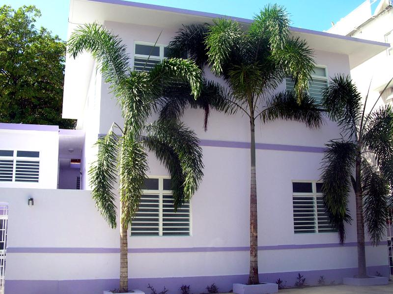 Just 20 steps to the beach! - 4 Bed & 2 Bath Villa - 20 Steps to the beach - Isla Verde - rentals