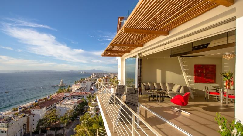 New Penthouse 1BR/2BA + Loft with Rooftop Pool - Image 1 - Puerto Vallarta - rentals