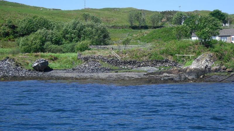Isle Of Luing 'The boat House' - Image 1 - Torsa Island - rentals