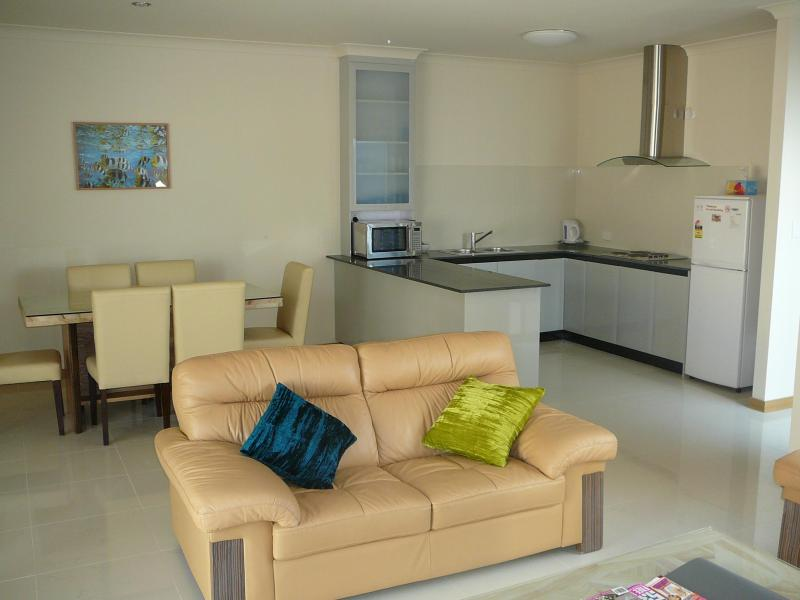 Lounge Dining and Kitchen - Jurien Beach Villa - Jurien Bay - Jurien Bay - rentals