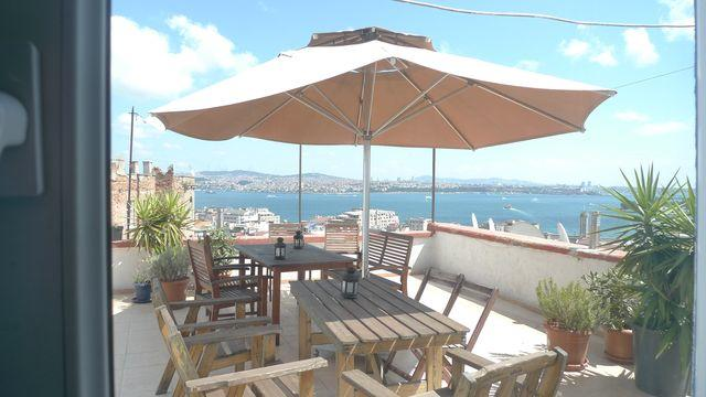 roof dining with expansive views - Studio flat with incredible views & roof terrace - Istanbul - rentals