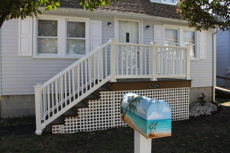 Front of house - Beautiful Chincoteague Island retreat - Chincoteague Island - rentals