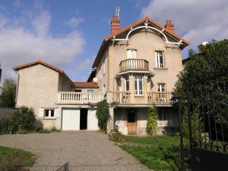 Villa in the Auvergne - Image 1 - Brassac-les-mines - rentals