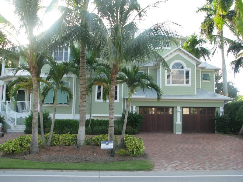 Old Naples Beach House - Image 1 - Naples - rentals