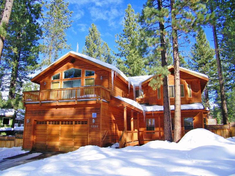 Wonderful 3 Bedroom Home with Hot Tub ~ RA744 - Image 1 - South Lake Tahoe - rentals