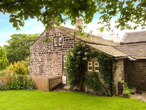 YATE COTTAGE, ground floor, gas-fired stove, WiFi, garden with furniture, Ref 913883 - Image 1 - Oxenhope - rentals