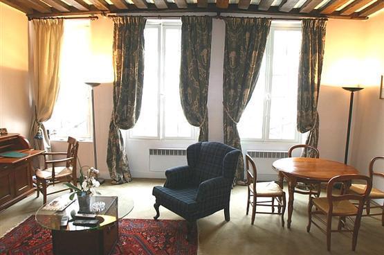 Ile Saint Louis/ Marais 1 Bedroom (2600) - Image 1 - Paris - rentals