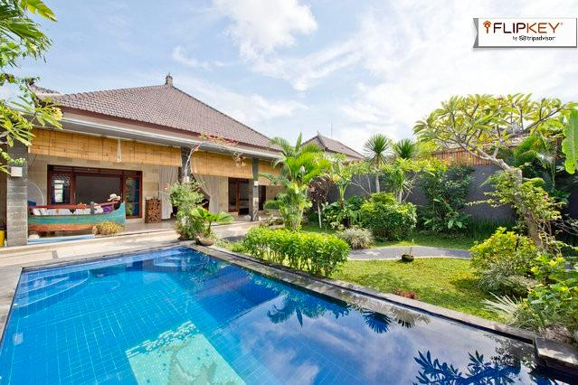 Our villa with pool view - Gorgeous pool and top tropical garden in Seminyak - Kerobokan - rentals