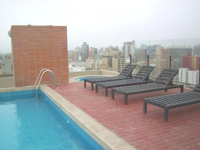 Rooftop swimming-pool - Luxury Oceanview Apartment with Lots of Amenities. - Lima - rentals