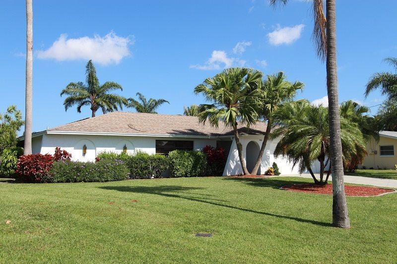 Front entrance - Casa Maria - Cape Coral - rentals