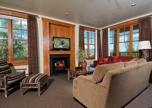 Luxury condo at Snow King with breathtaking views - Image 1 - Jackson - rentals