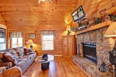 Cozy Cottage - Image 1 - Pigeon Forge - rentals
