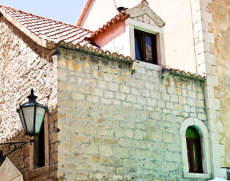 500 year old, newly renovated, cold stone from outside hiding warm and cosy interior - Omis old town apartment - Omis - rentals
