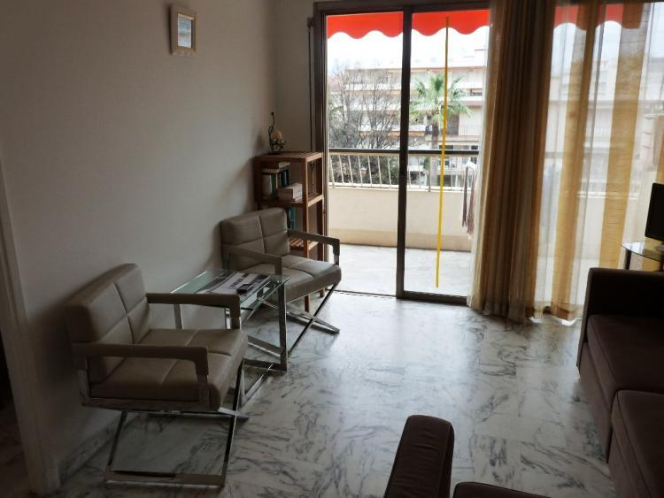 Fleuris 1 Bedroom French Riviera Holiday Rental with a Terrace - Image 1 - Cannes - rentals