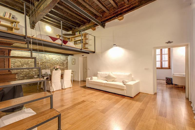 APT IN THE HEART OF CITY CENTER - Image 1 - Rome - rentals