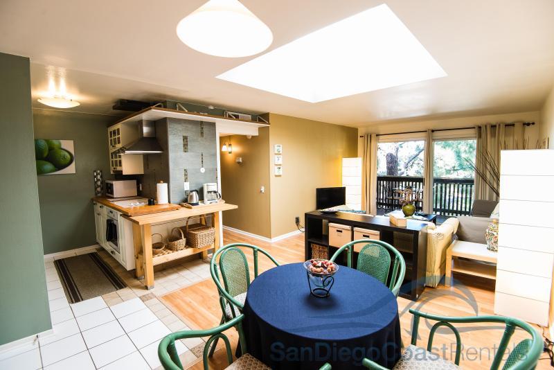 The Bluff's - 322 - Image 1 - San Diego - rentals