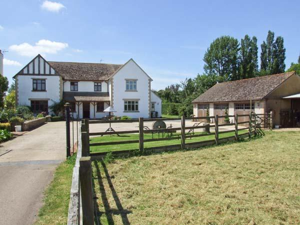 THE LILACS, underfloor heating, WiFi, snooker and table tennis in shared games - Image 1 - Childswickham - rentals