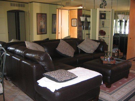 TWO BEDROOM CONDO ON SOUTH CHIMAYO - 2CYEE - Image 1 - Palm Springs - rentals