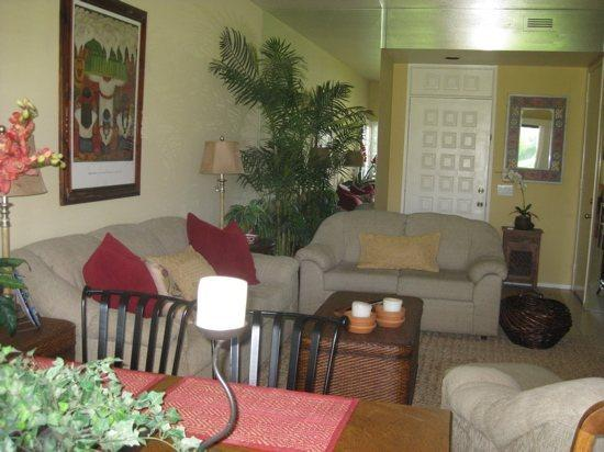 TWO BEDROOM CONDO ON LAGOS WAY-WEEKLY BOOKINGS ONLY! - 2CMUR - Image 1 - Palm Springs - rentals