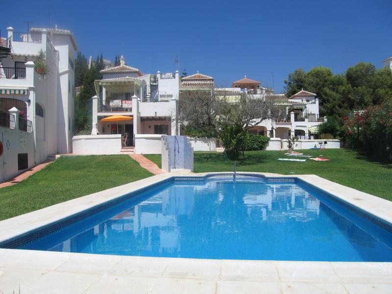 The pool and apartment - Pueblo Lucena No 1 - Nerja - rentals