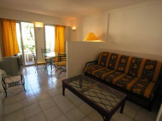 Palais Rouaze, Fantastic 1 Bedroom Cannes Flat Near the Beach - Image 1 - Cannes - rentals