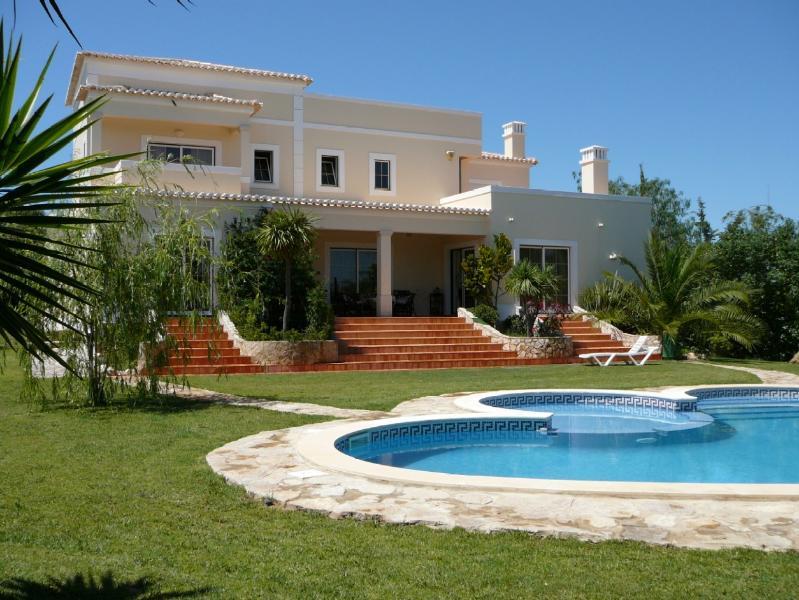 'VILLA GRANDE - Villa Grande Do Sol 5 Bedroom 5 Bathroom Air Conditioning Private Heated Pool - Porches - rentals