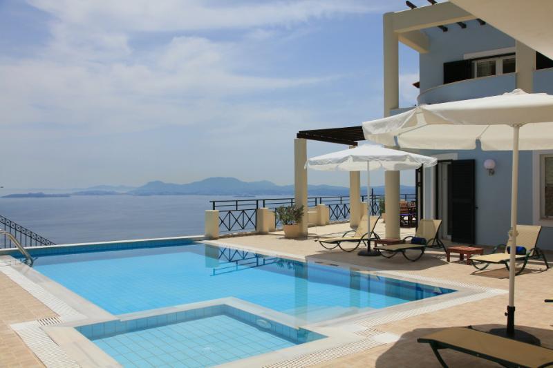 Villa With Private Pool and Sea Views - Villa Georgios - Nissaki - rentals