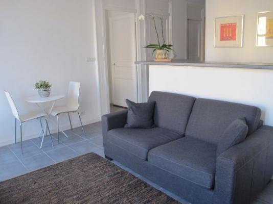 Lumiere, Beautiful 1 Bedroom Flat, Close to Beaches, Croisette, and Palais des FestivalsLumiere, Beautiful 1 Bedroom Flat, Close to Beaches, Croisette, and Palais des FestivalsLumiere, Beautiful 1 Bedroom Flat, Close to Beaches, Croisette, and Palais des - Image 1 - Cannes - rentals