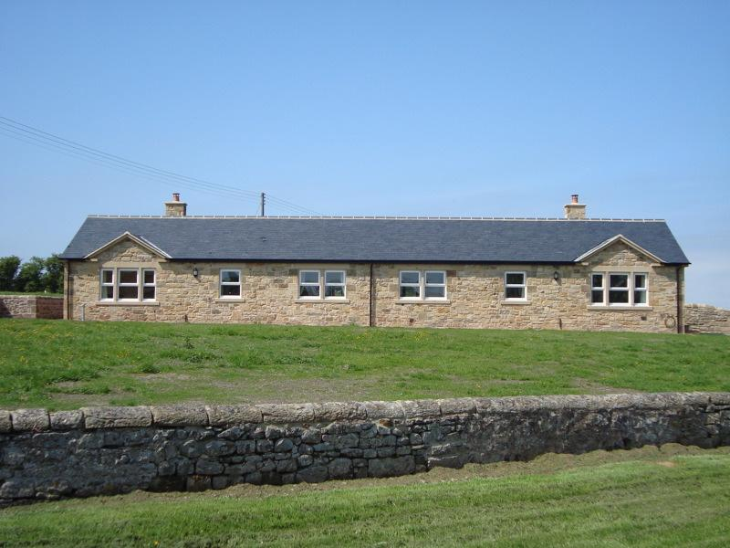 Pasture View with its next door neightbour, Croft Cottage - Pasture View - Chathill - rentals