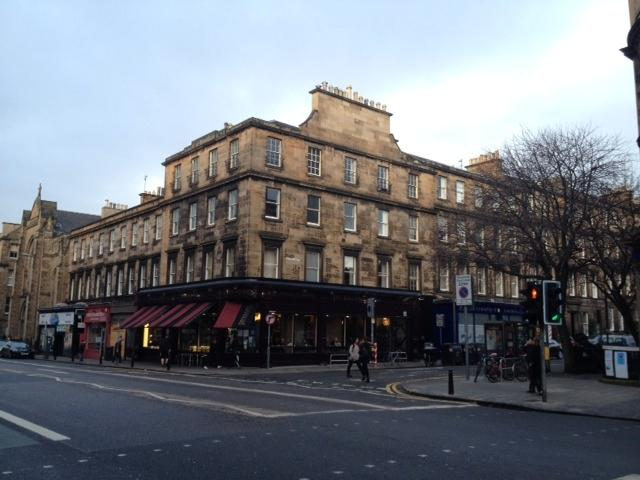 The apartment from the street - 6 Double Bedroom Spacious Upper Apartment - Edinburgh - rentals