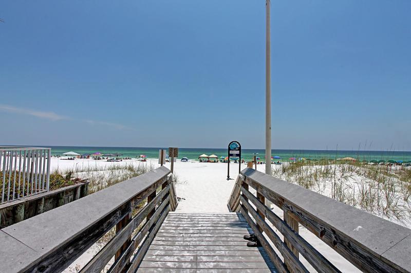 Beachwalk Townhome #17 >o< 2BR/2.5BA-AVAIL 12/19-12/26*Buy3Get1Free NOWthru 2/29*Walk to Miramar Bea - Image 1 - Miramar Beach - rentals