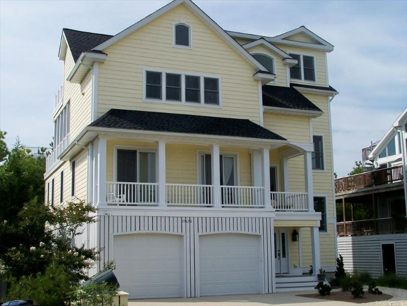 Close to the ocean, spacious 6 bedroom home with beach access! - Image 1 - Bethany Beach - rentals