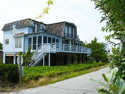 Unique 3 bedroom home with large deck and porch - Image 1 - Bethany Beach - rentals