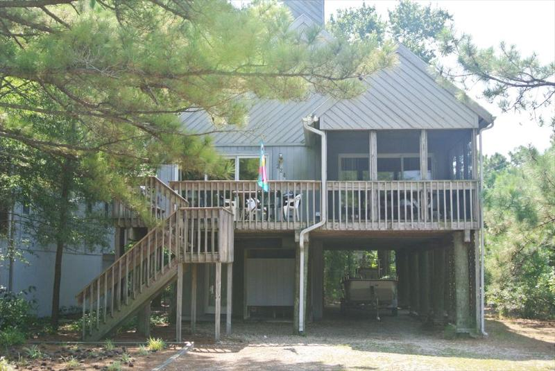 2 blocks to ocean on shaded lot - 4 bedroom home - Image 1 - Bethany Beach - rentals