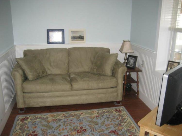 Living Room w/ full sleep sofa - 217 North Shore Blvd - East Sandwich - rentals