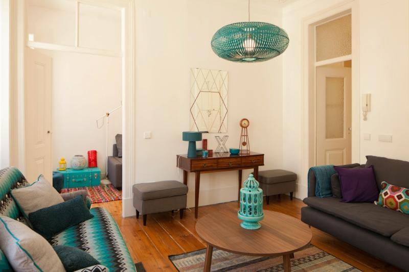 Apartment in Lisbon 256 - Baixa/Castelo - managed by travelingtolisbon - Image 1 - Lisbon - rentals
