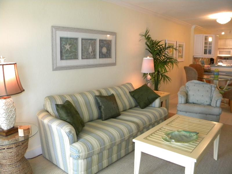 Mariner Pointe #1042 Watch the Dolphins Play! - Image 1 - Sanibel Island - rentals