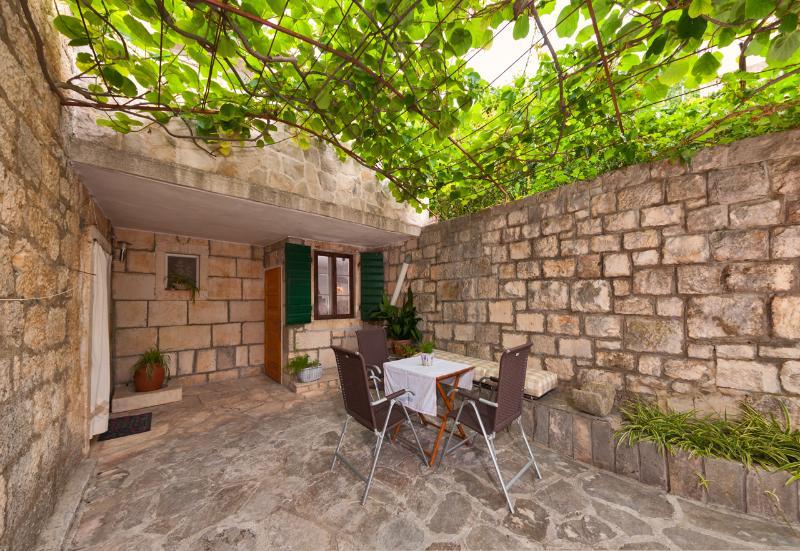 House Alenka - 38321-K1 - Image 1 - Dol - rentals