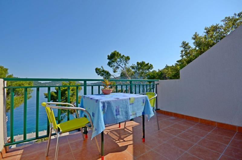 Apartments Luka - 53731-A3 - Image 1 - Ubli - rentals