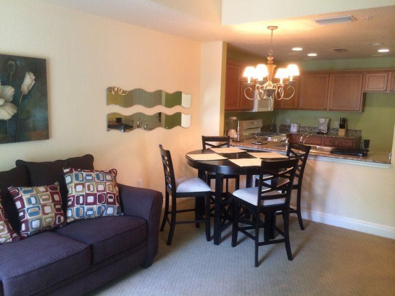 Living Room - Reunion-Kissimmee-1 Bedroom Condo-R110 - Orlando - rentals