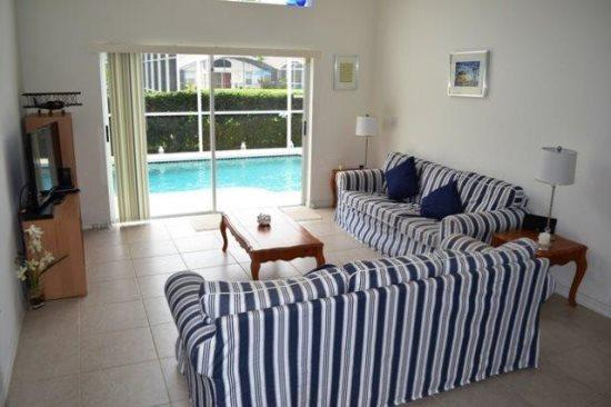 Deluxe 4 Bed 2 Bath Pool Home at The Manors, Westridge near Disney. 148GL - Image 1 - Orlando - rentals