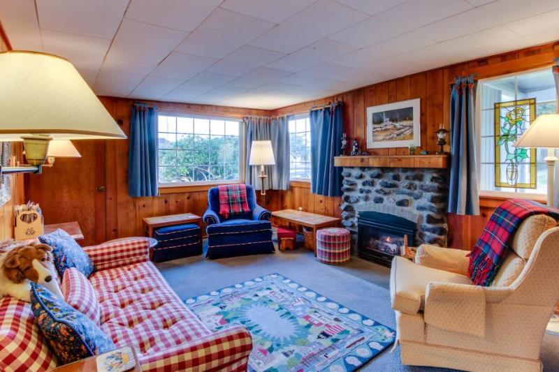 Sandpiper Cottage - Image 1 - Cannon Beach - rentals
