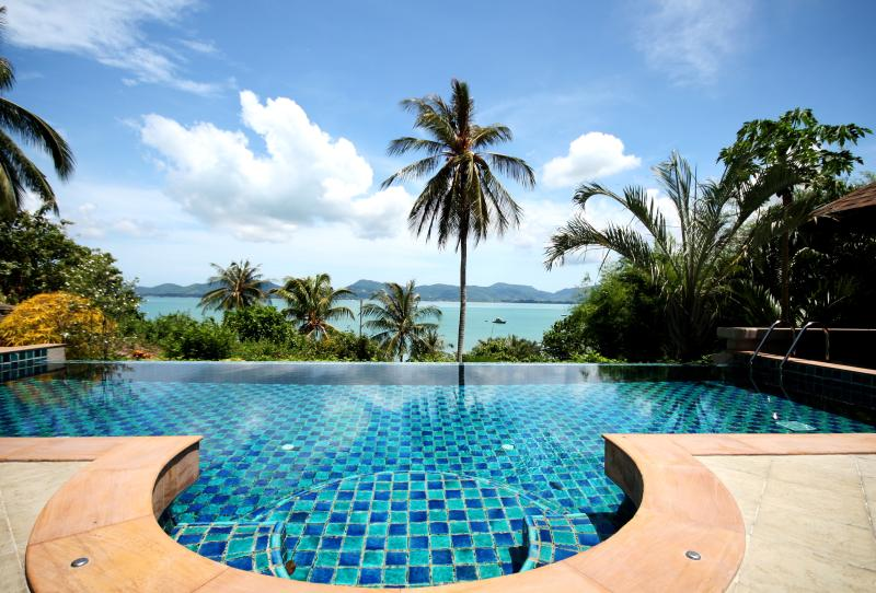 Panoramic views from living room across Chalong Bay with infinity pool - Spectacular sea views, luxury villa near beach 6B - Cape Panwa - rentals