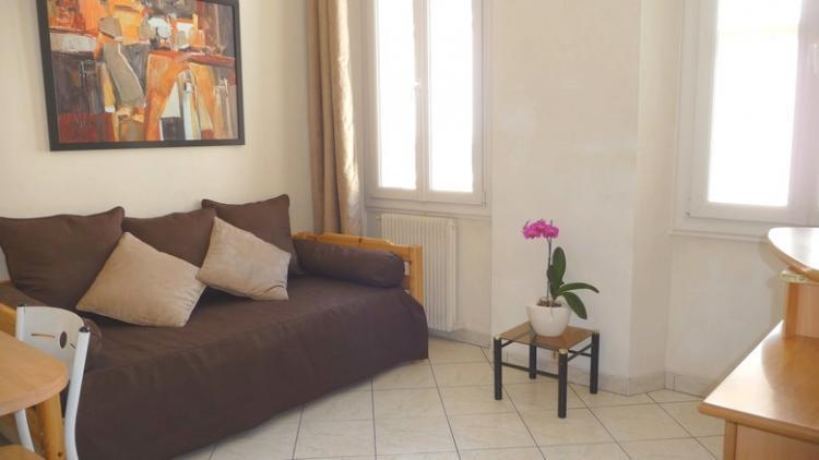 Sofia Lacomb, Lovely 1 Bedroom Flat in Central Cannes - Image 1 - Cannes - rentals