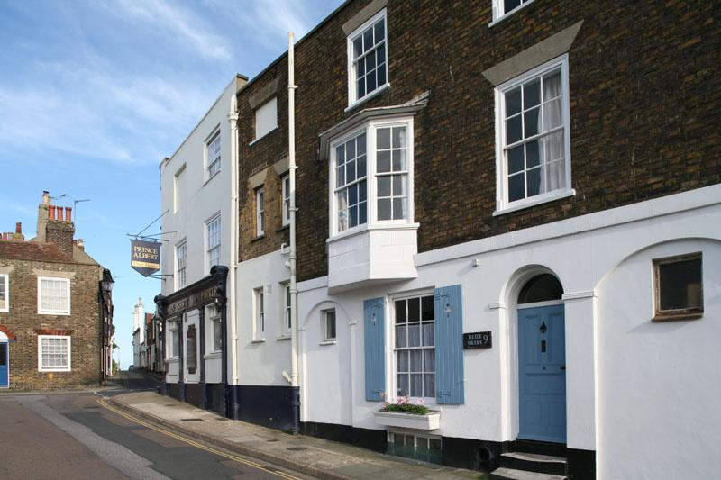 Blue Skies exterior - Blue Skies, Period House in  charming square. - Deal - rentals